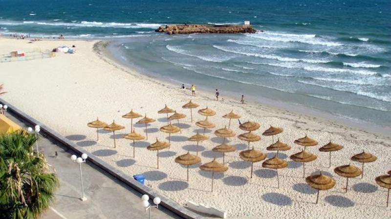 حملات أمنية مكثفة بشواطئ سوسة