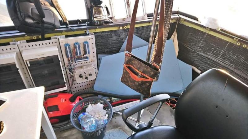 بالصور ... حالة كارثية لبرج المراقبة بمطار قرطاج