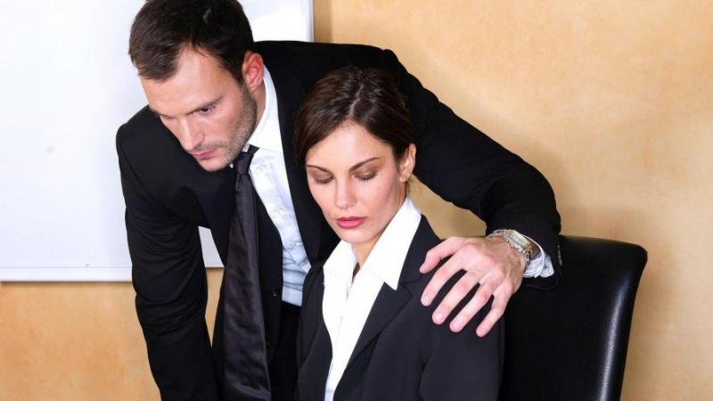 مستشارة بهيئة مكافحة الفساد تدعو إلى تجريم الرشوة الجنسية