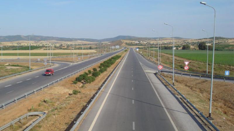 انطلاق أشغال مضاعفة الطريق الرابطة بين نابل وقربة