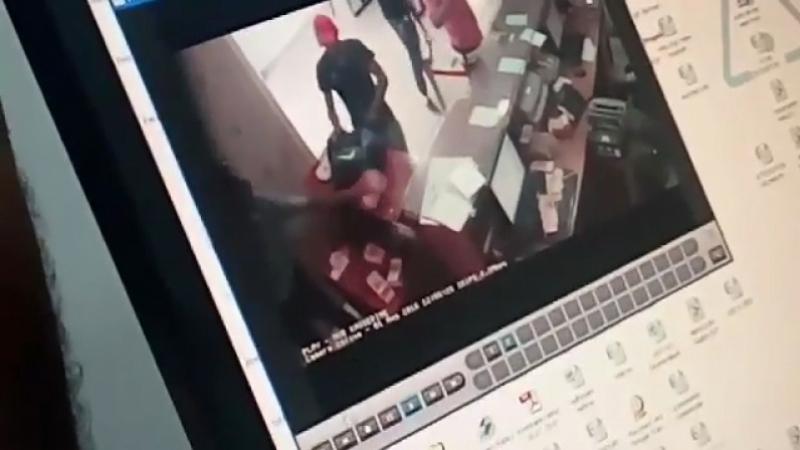 أحد المشاركين في السطو على بنك القصرين سُجن في قضايا إرهابية