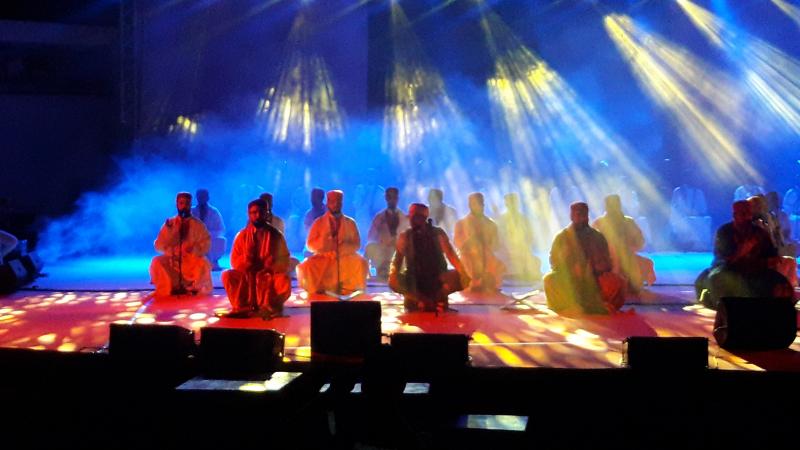 عرض الزيارة يمتع آلاف الجماهير في مهرجان طبرقة