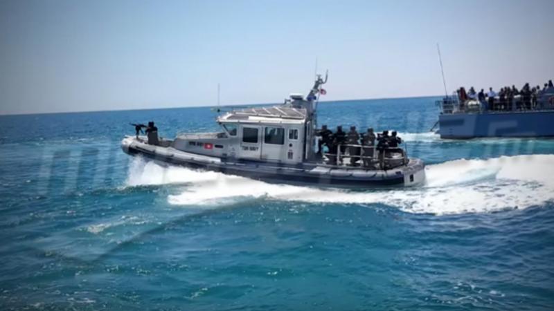 جنوب جزيرة لمبادوزا: جيش البحر ينقذ 11 تونسيا بينهم رضيعان