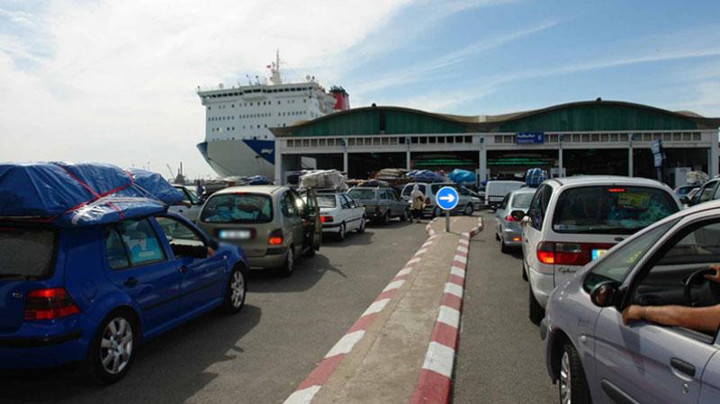 البيروقراطية ومقاييس المعاليم الديوانية أبرز مشاغل التونسيين بالخارج
