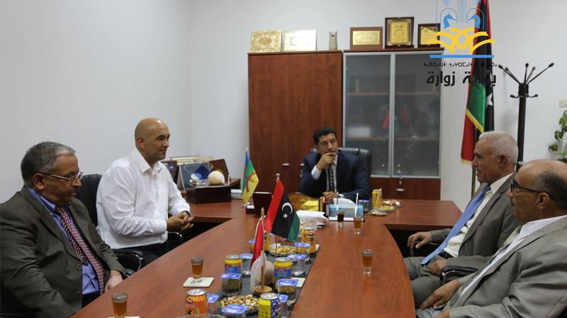 بلديتا بن قردان وزوارة الليبية يناقشان حلولا لمشاكل معبر راس جدير