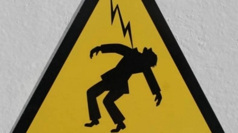 إثر الأمطار الغزيرة: وفاة شابين بصعق كهربائي في الحنشة