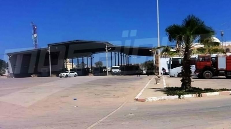 مفاوضات بين السلطات التونسية والليبية لإعادة فتح معبر رأس الجدير