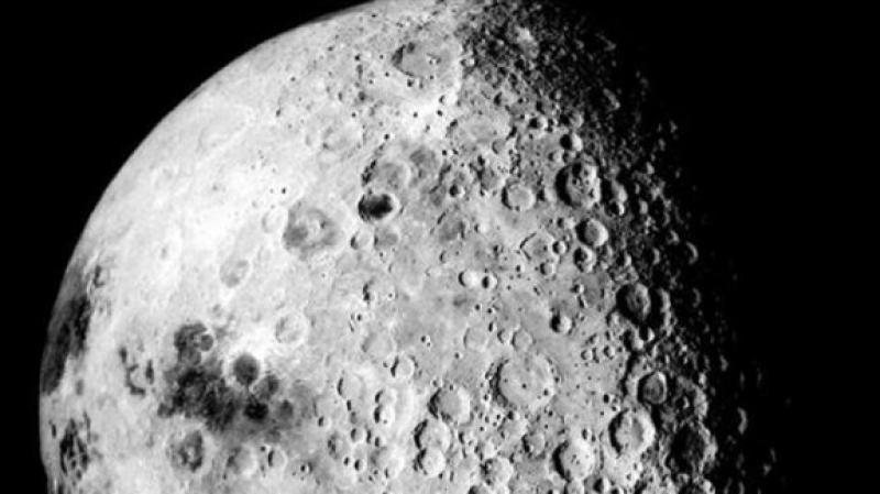 ناسا: ثبت وجود جليد على سطح القمر