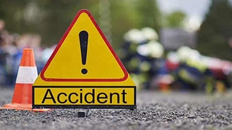 سوق الجديد : وفاة شخص وإصابةأخر في انقلاب سيارة