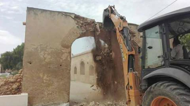 وزير الثقافية يعاين أشغال إعادة ترميم قوس القشلة بغار الملح