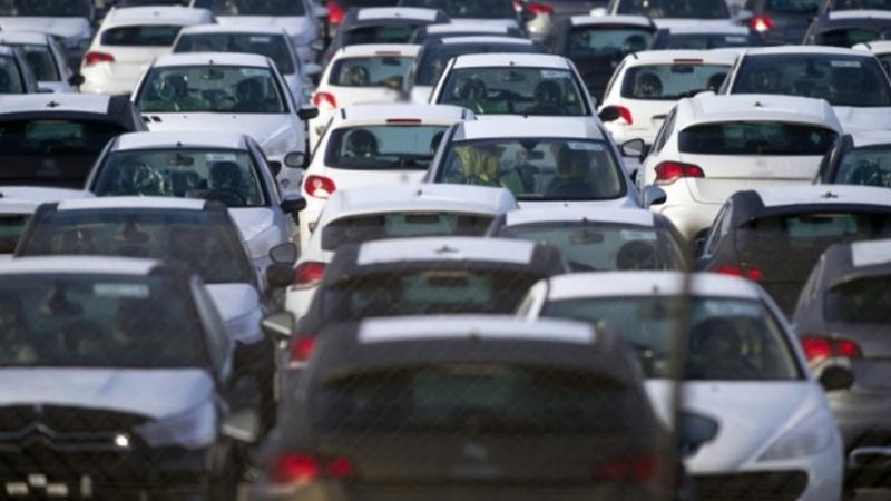 الشاهد يعلن التخفيض في أسعار السيارات الشعبية
