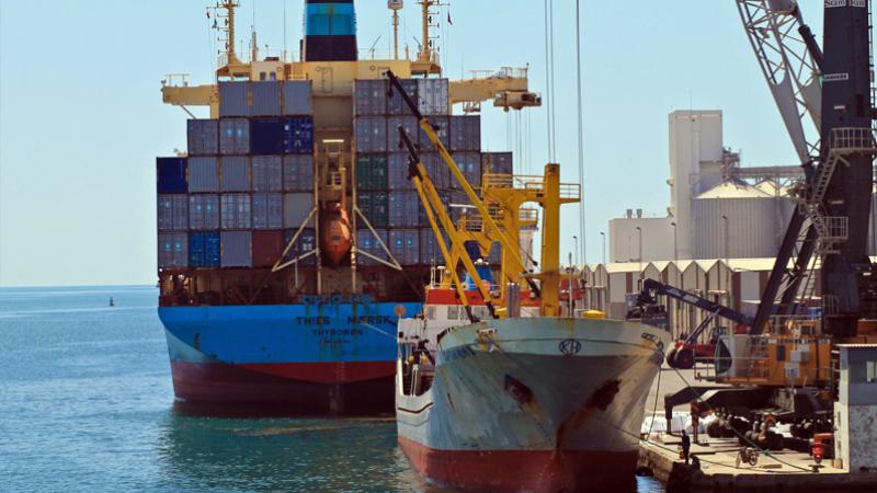 باخرة إسرائيلية في صفاقس: مدير الميناء التجاري يعلّق ويوضح