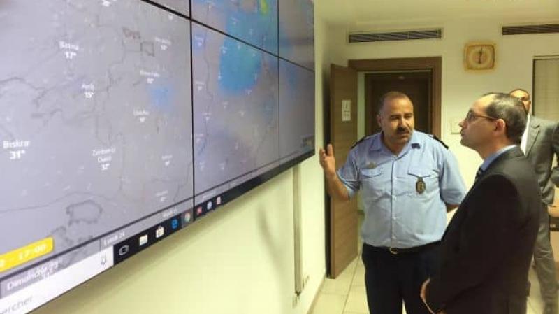 وزير الداخلية يشرف على اجتماع  لجنة مجابهة الكوارث