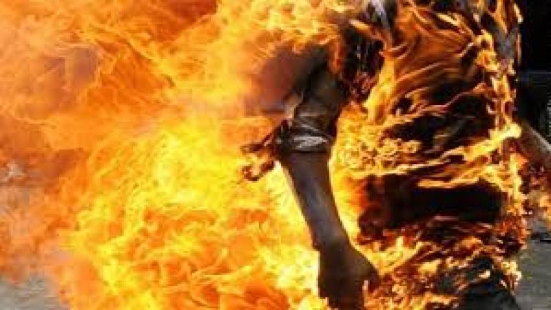 وفاة شاب أضرم النار في جسده في بنزرت