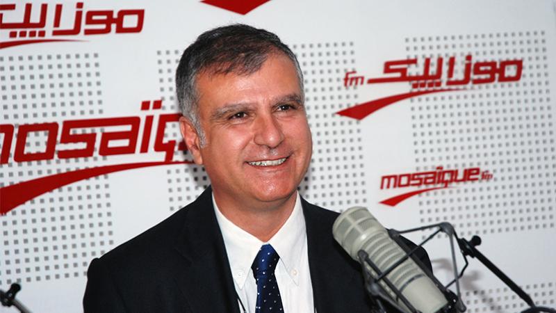 أمين محفوظ:كان على رئيس الجمهورية أن يبادر بتعديل الدستور