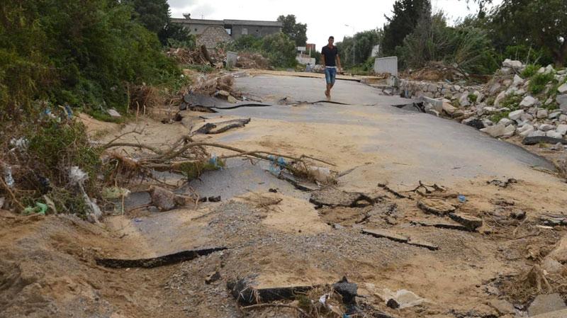 معاينة الطرقات والجسور المتضررة من الفيضانات قبل انطلاق المجلس الوزاري