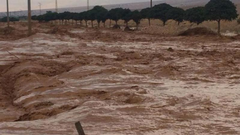 القيروان: لجنة مجابهة الكوارث تقرر غلق الطريق بسبب وادي زرود