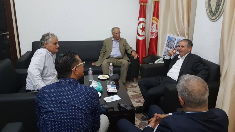 الطبوبي يلتقي وفدا عن لجنة الدفاع عن الشهيدين بلعيد والبراهمي