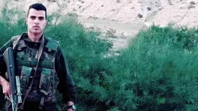 القصرين: عائلة الشهيد ياسين شهبيغاضبة من وزارة التربية