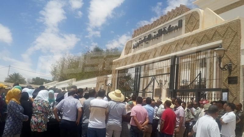 توزر:السجن لثلاثة شبان على خلفية احتجاجهم على الانقطاع المتكرر للماء