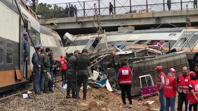 المغرب:مصرع 6 أشخاص على الأقل وجرح 80 آخرين في خروج قطار عن السكة