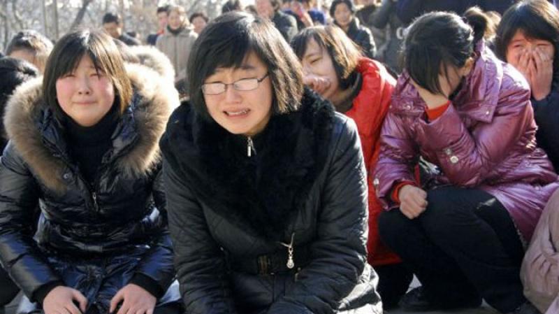 ''أساتذة لتعليم البكاء'' في اليابان