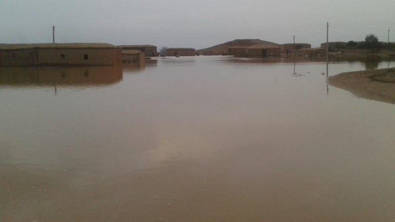 العيون:580 تلميذا يقضون ليلتهم بالمدارس بسبب سيول الأمطار الجارفة