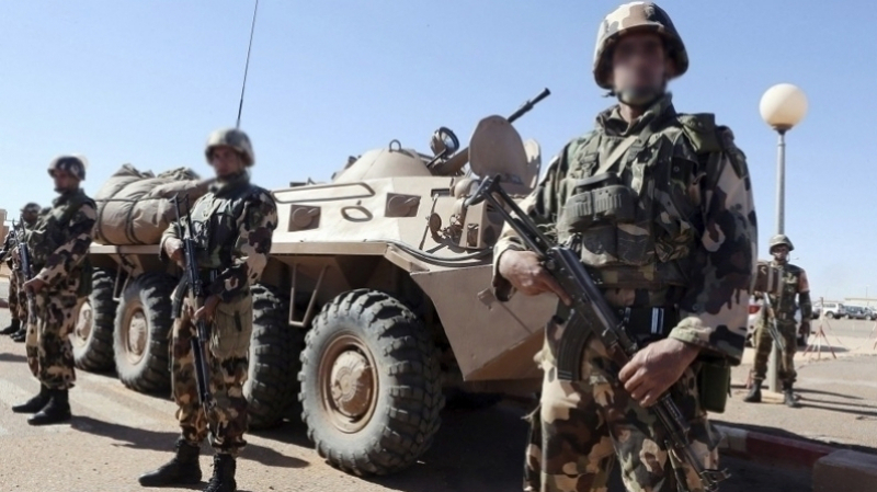 الجيش الجزائري يعتقل 17 عنصرا يدعمون الإرهابيين