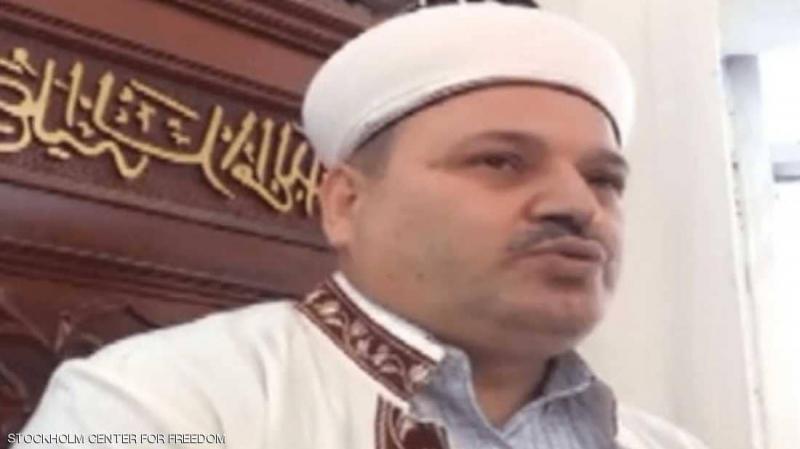 إمام جامع يعلن ترشحه للإنتخابات من فوق المنبر!