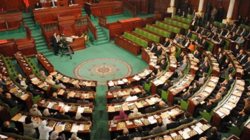 البرلمان يقرّ عتبة بـ5% في الإنتخابات التشريعية