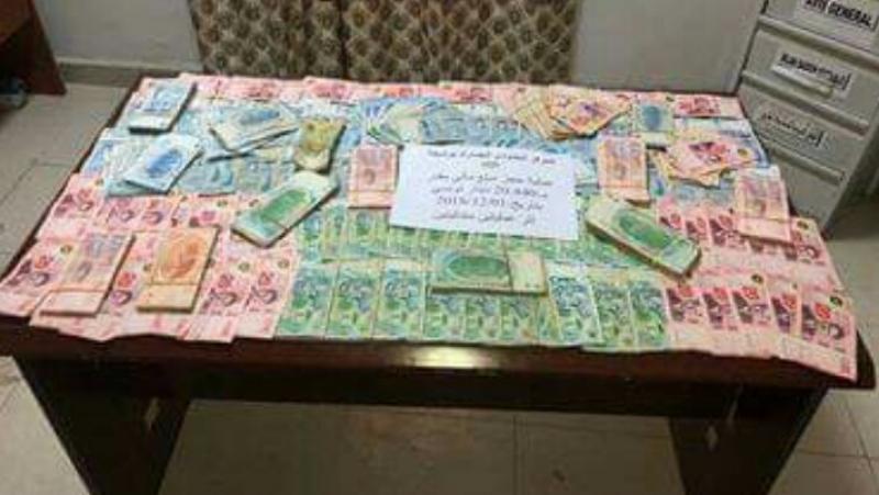 الجزائر: إيقاف 4 تونسيين حاولوا تهريب 27 ألف دينار