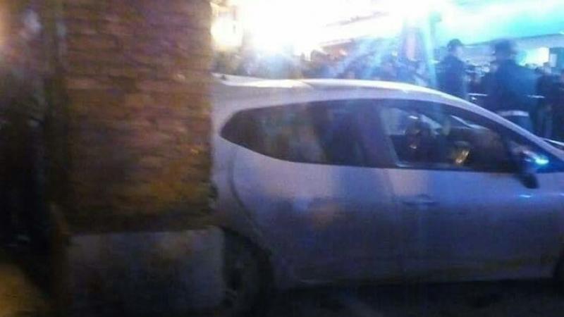 سيارة تسقط من أعلى السلالم في الجزائر وتُخلّف 4 قتلى