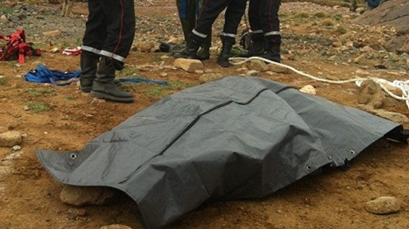 جثة إمرأة متعفنة في ''كاب نيقرو''