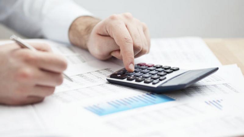 قانون المالية: التخلي عن خطايا التأخير للديون الجبائية