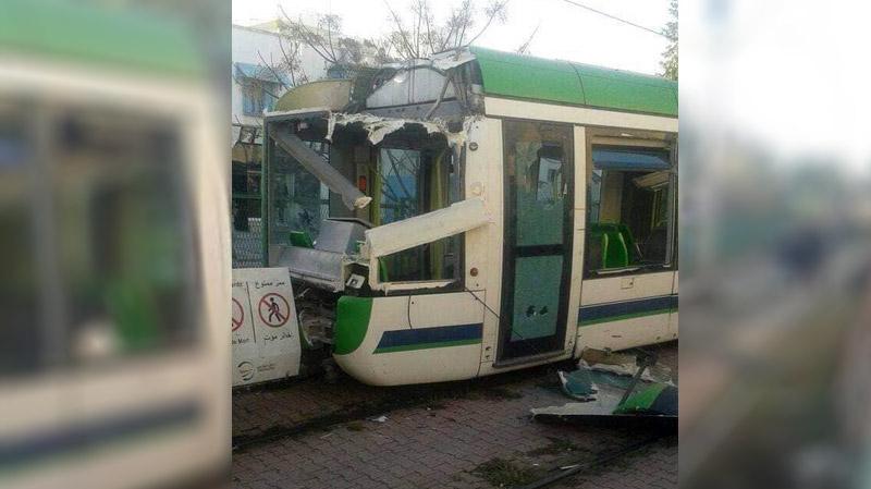 الكبارية: 8 إصابات في خروج عربة مترو عن مسارها
