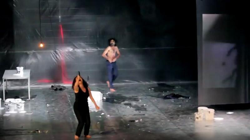 إدارة أيام قرطاج المسرحية 'تدين وترفض'' تعرّي الممثل المسرحي