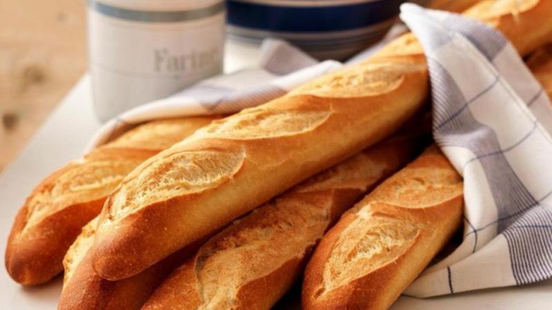 خبير في التغذية يدحض اعتقادا شائعا حول الخبز