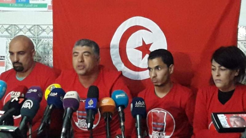 حملة السترات الحمراء تعلن مطالبها وتحركاتها