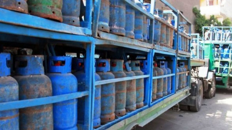 موزعو قوارير الغاز يُعلّقون نشاطهم