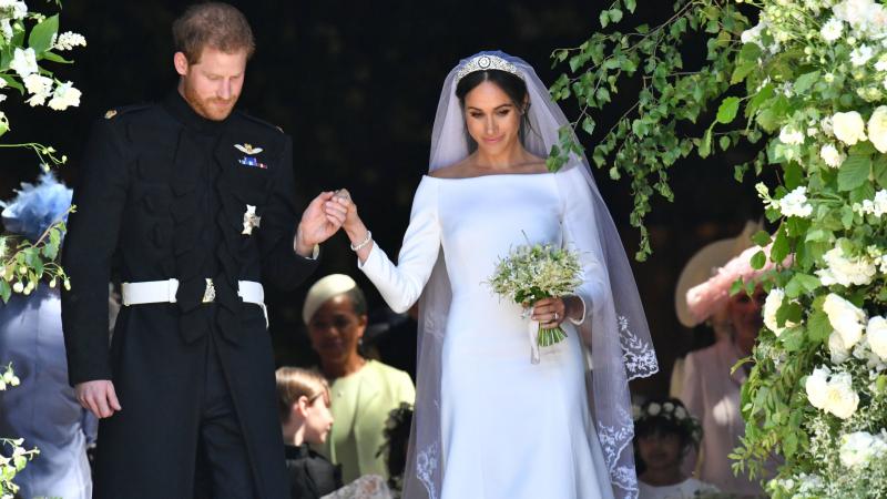 5d8df37dfab53 ميغان ماركل تتفاخر بتقديمها الماريخوانا في حفل زفافها