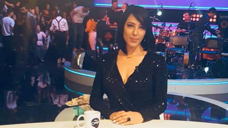مغنية تونسية ''تحرق'' وتلتحق بحبيبها في إيطاليا ..