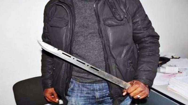 السيجومي: يحوّل وجهة إمرأة ويغتصبها تحت تهديد 'سيف' بسبب خلافات سابقة