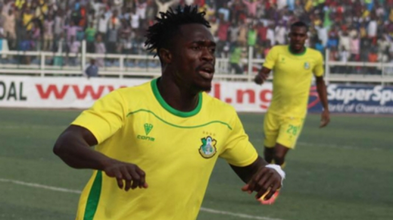 هداف البطولة النيجيرية يصل تونس للانضمام إلى الترجي