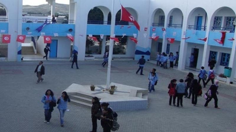 الحمامي: إغلاق المؤسسات التربوية يوم الإضراب قرار غير دستوري