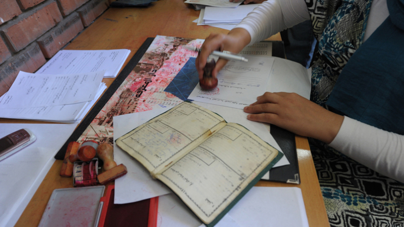 إلغاء التعريف بالإمضاء والنسخ المطابقة للأصل لعدد من الحالات