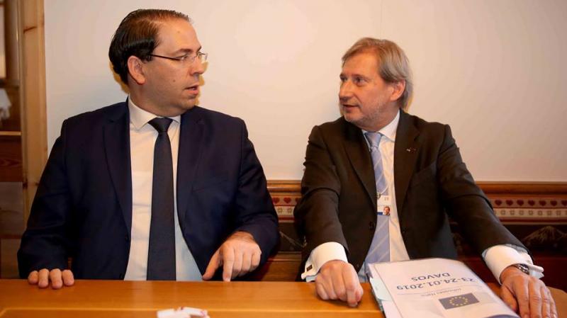 عقب لقائه بالشاهد:المفوض الأوربي يعلن عن مساعدات ب305 مليون أورو لتونس