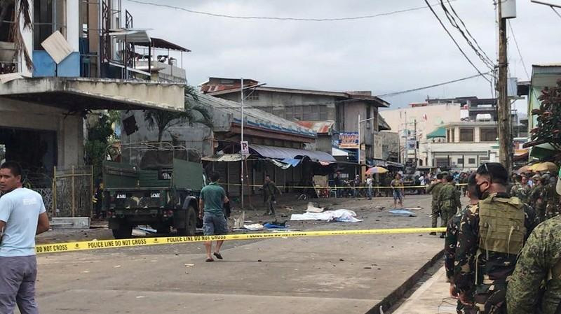 قتلى وجرجى في هجوم بقنبلة على مسجد بالفيلبين