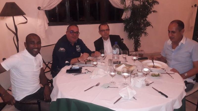 السفير التونسي في بوركينا فاسو يستضيف بعثة النجم على مأدبة عشاء