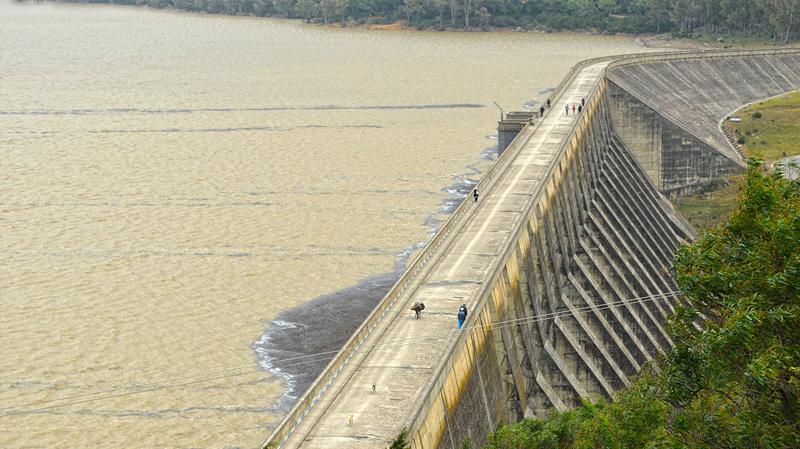 ما يقارب ملياري متر مكعّب مخزون المياه بالسدود