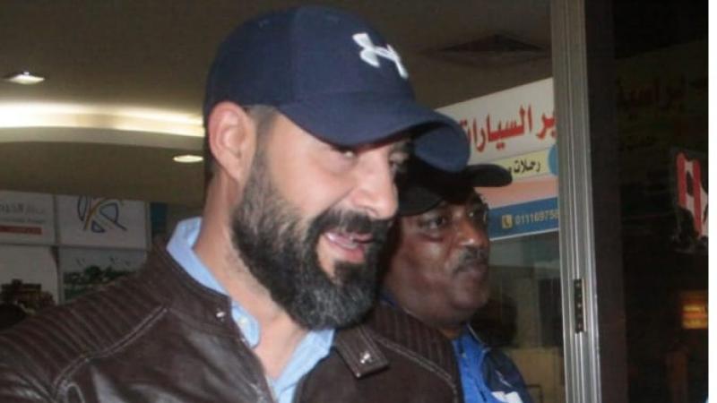 الهلال السوداني يقيل المدرب التونسي إراد الزعفوري